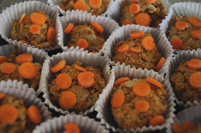 Domowe ciasteczka marchewkowe dla psa