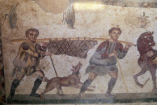 Mozaika przedstawiajaca powrót z polowania