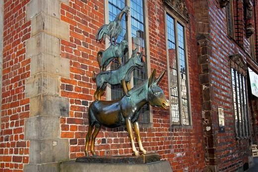 Pomnik Czterech muzykantów z Bremy znajdujący sie w Bremmen, Niemcy