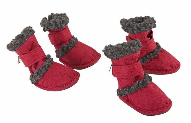 Czerwone buty ochronne dla psa na zimę